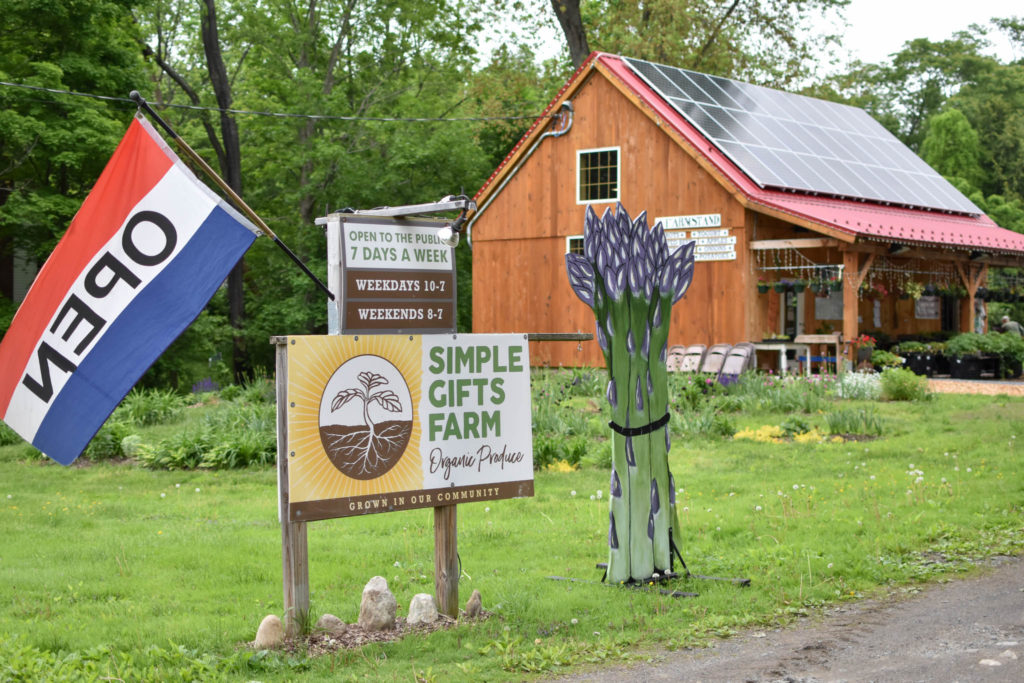 Simple Gifts Farm Pv Squared